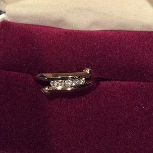 Gold diamond ring/band